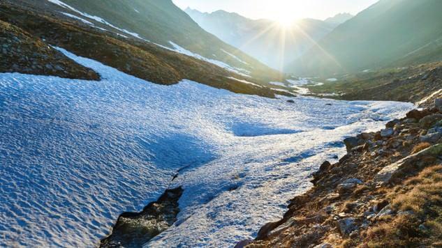 Il riscaldamento globale sta per far scendere al secondo posto la montagna più alta della Svezia 1