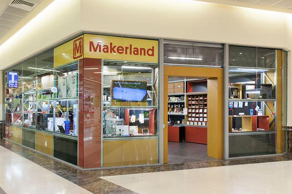 ARTIGIANATO E INNOVAZIONE: NASCE MAKERLAND, UN NUOVO CONCEPT STORE DEDICATO ALLE NUOVE TECNOLOGIE 1
