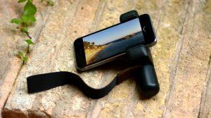 Shoulderpod_iPhone_5_grip