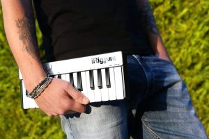 irigkeysmini_lifestyle_portable