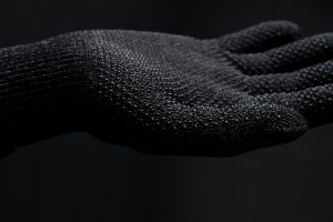 double-layered-touchscreen-gloves-006