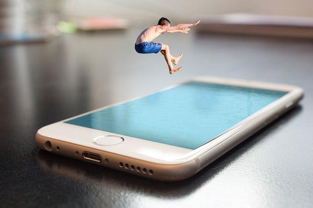 L'iPhone si vende sempre 1
