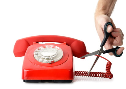 1 milione di italiani non pagano la bolletta telefonica 1