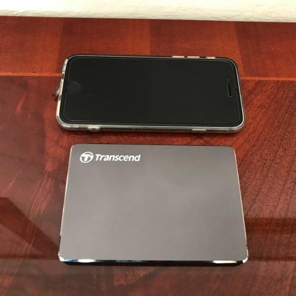 StoreJet 25C3N, l'HDD piccolo ed elegante di Transcend- recensione 4