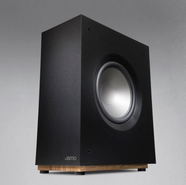 Sound cristallino, estetica minimalista e materiali naturali: JAMO STUDIO 8 2