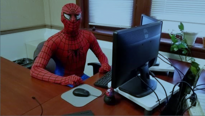 Anche per Spiderman, non c'è solo la rete… 1