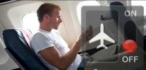 Cosa accadrebbe se non spegnessimo i cellulari in aereo 2