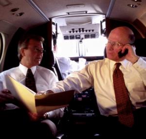 Cosa accadrebbe se non spegnessimo i cellulari in aereo 3