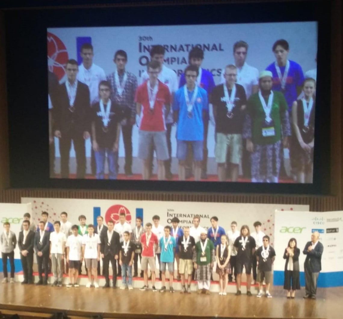 Quattro bronzi per l'Italia alle Olimpiadi Internazionali di Informatica in Giappone 2