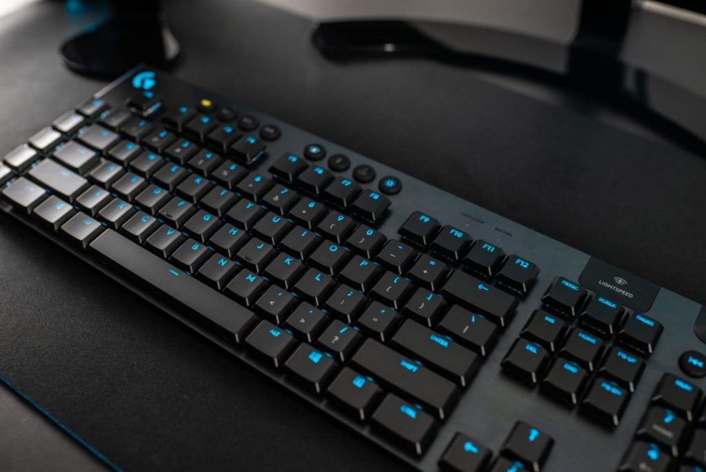 Logitech G presenta le nuove tastiere G915 LIGHTSPEED e G815 LIGHTSYNC RGB 2