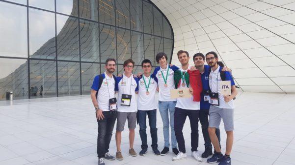 Olimpiadi Internazionali di Informatica: tre bronzi per il team italiano 1