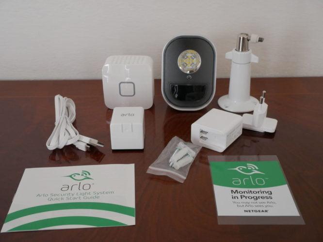 Recensione Arlo Security Light : le luci di sicurezza smart 3