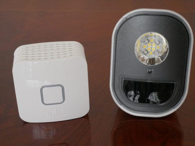 Recensione Arlo Security Light : le luci di sicurezza smart 6