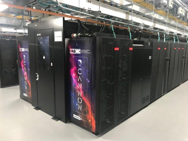 Lenovo e Intel annunciano il primo supercomputer raffreddato a liquido 1