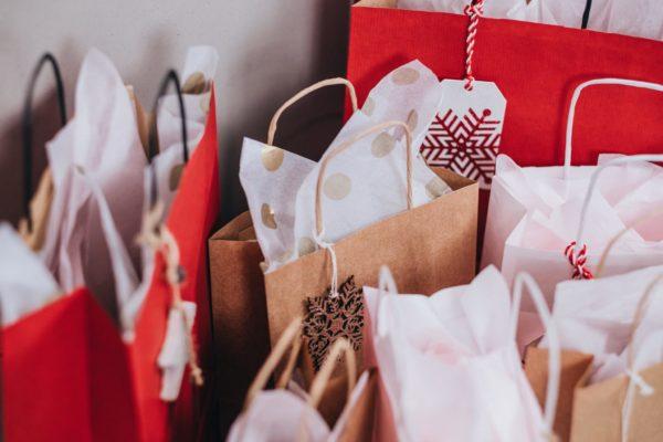 Regali di Natale: acquistano online anche i negozi fisici con la formula del dropshipping 1
