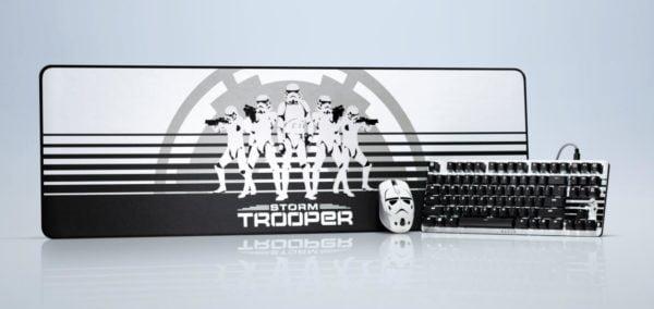 Mostra la tua fedeltà all'Impero Galattico con la Stormtrooper Edition delle cuffie Kraken 1